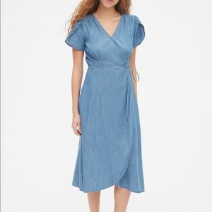 GAP Tie Waist Midi Dress in Denim